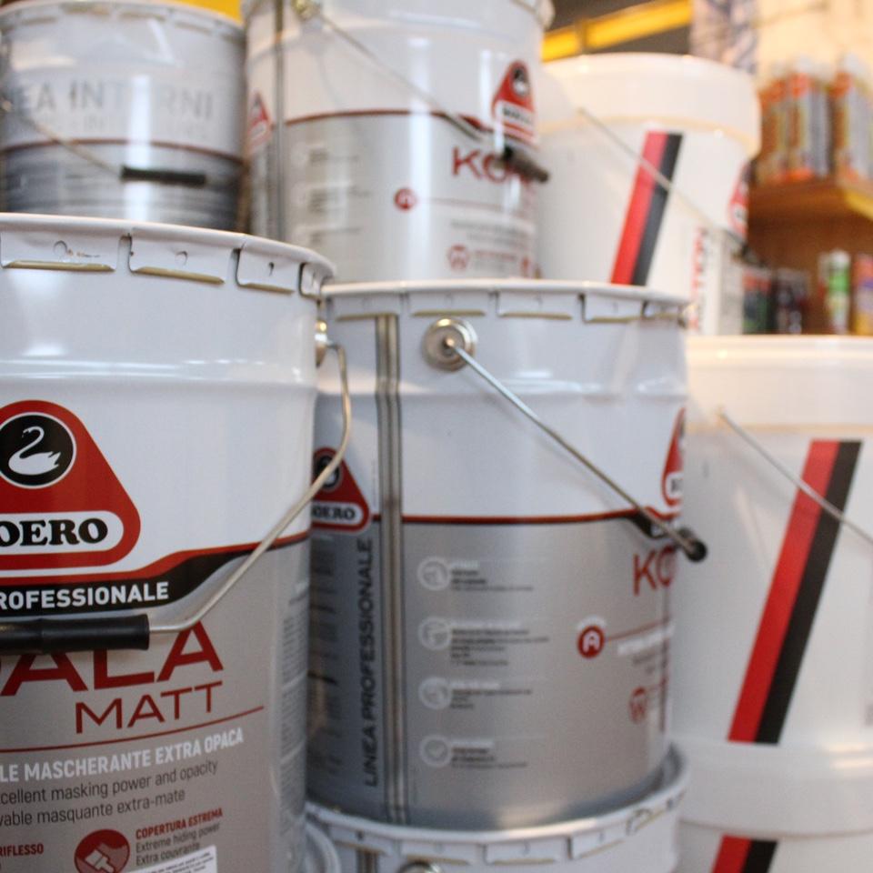 Vendita e realizzazione specializzata con sistema tintometrico di pitture e vernici